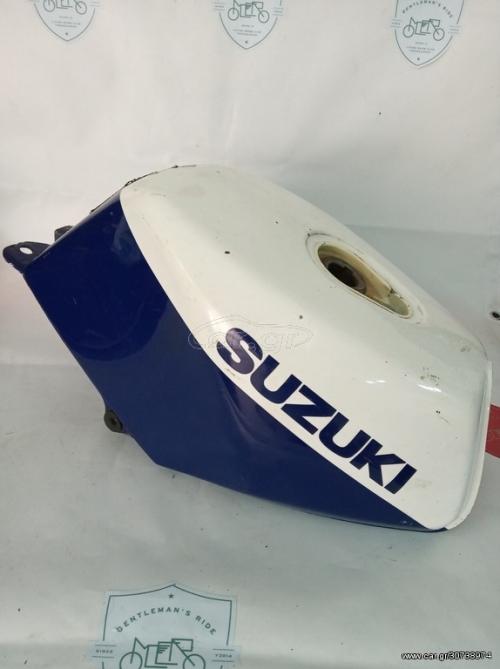 Suzuki RG 125 F 2